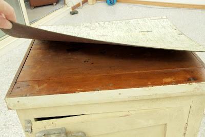 Poppas cabinet 004