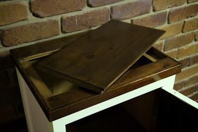 Poppas cabinet 014