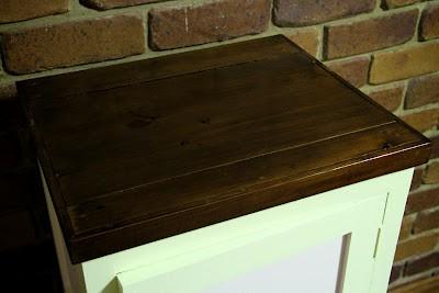 Poppas cabinet 015