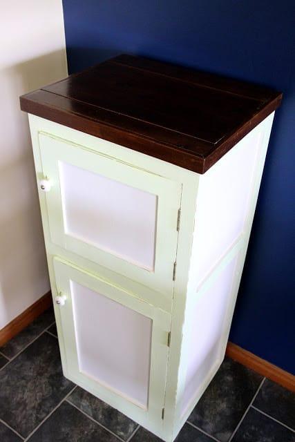 Poppas cabinet 020