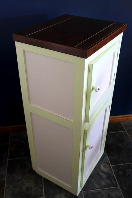 Poppas cabinet 021