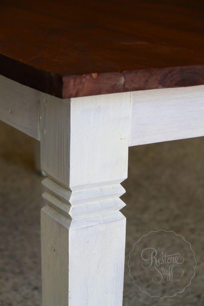 Simon table 01 26