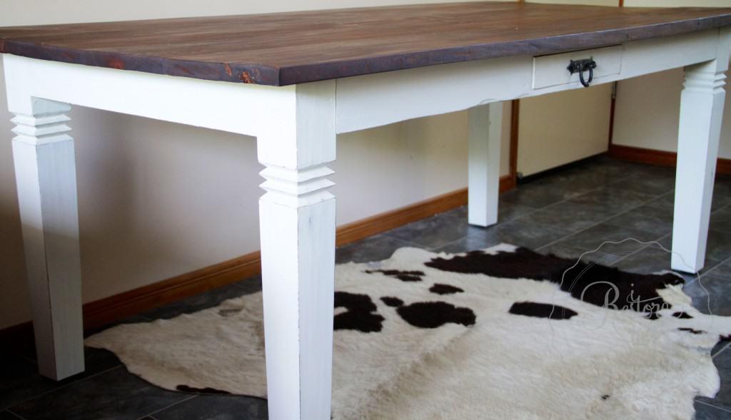 hamptons style table