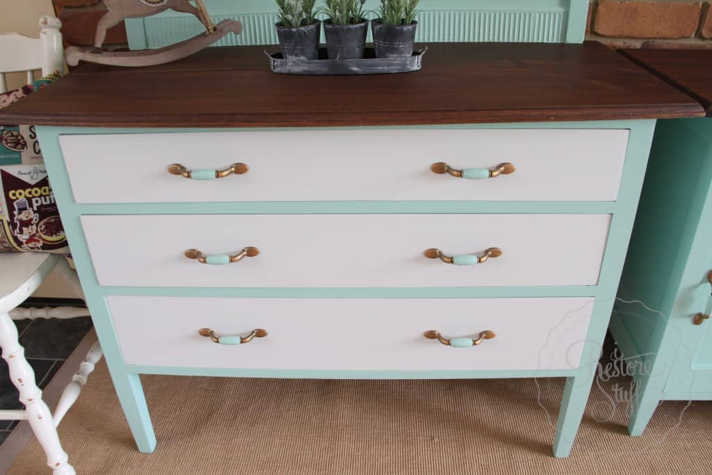 dresser & bedside Laurentien finished 10