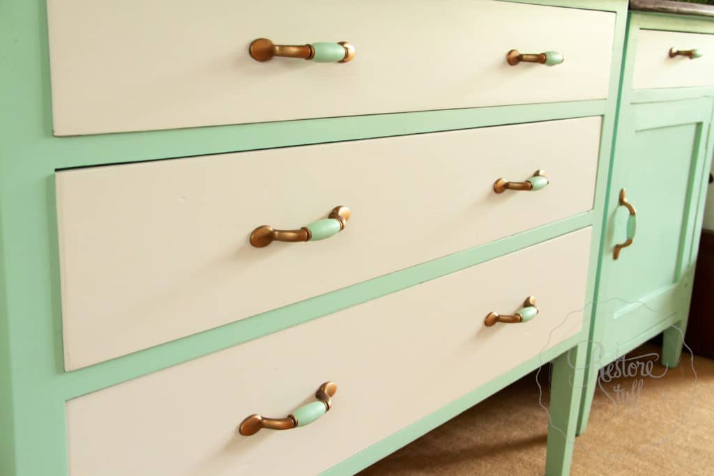dresser & bedside Laurentien finished 14