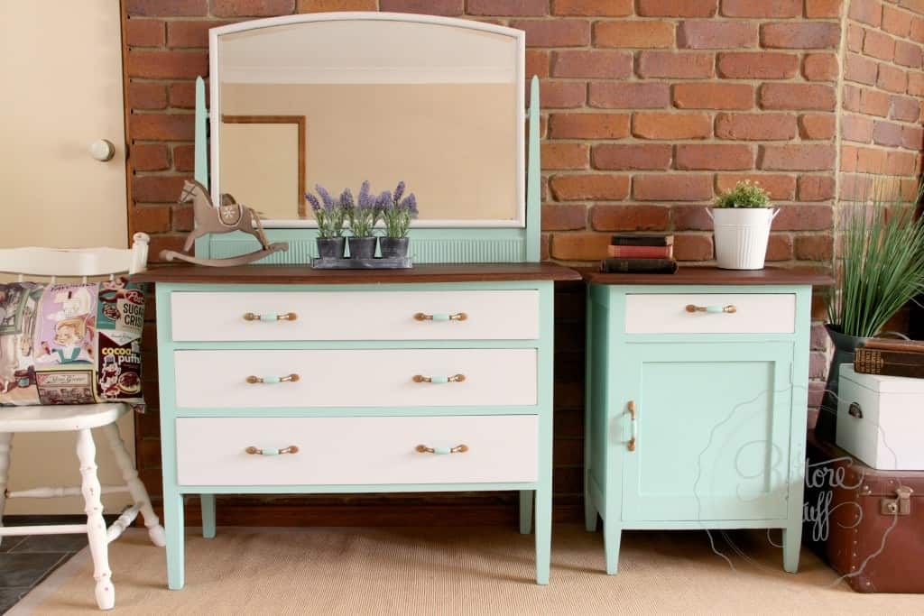 dresser & bedside Laurentien finished 2