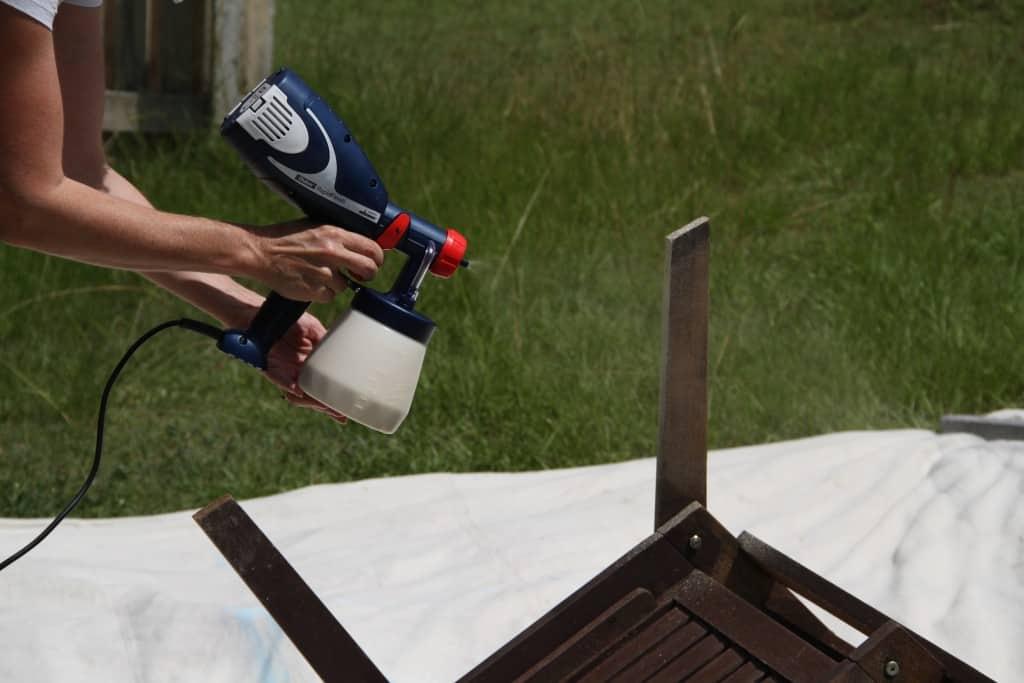outdoor set spraying 10