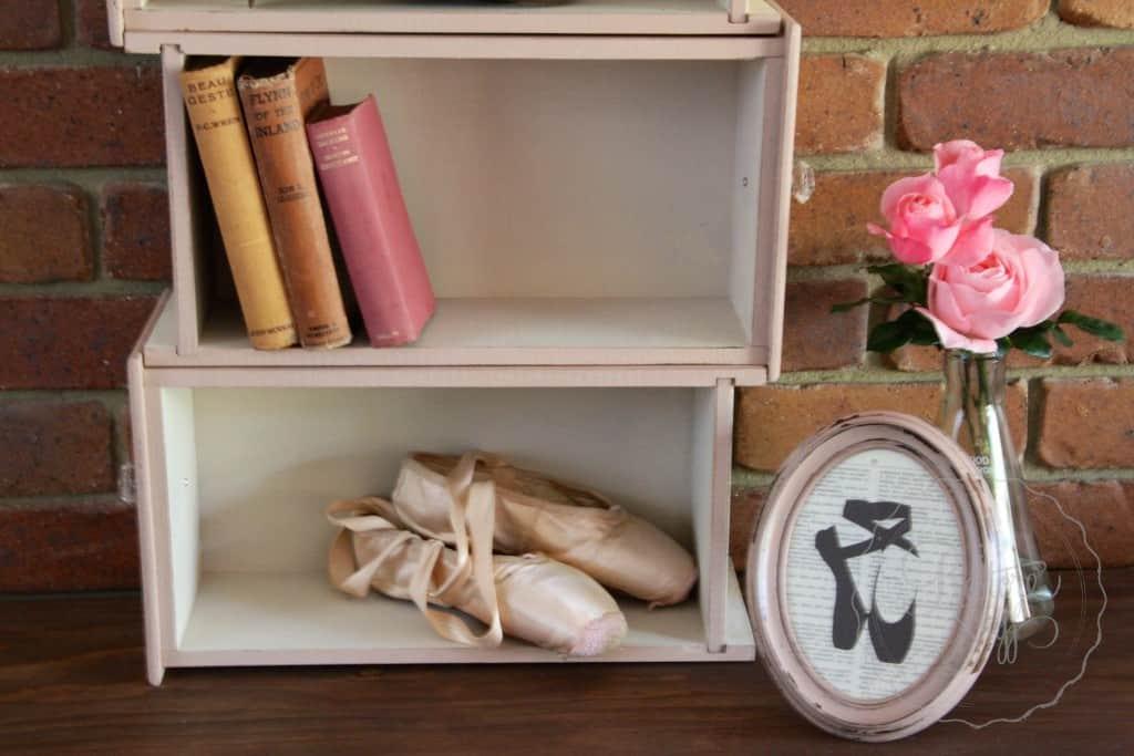 Arabesque drawers 11