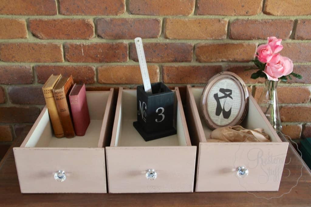 Arabesque drawers 12