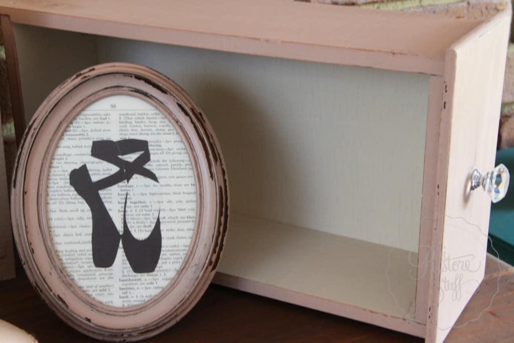 Arabesque drawers 2