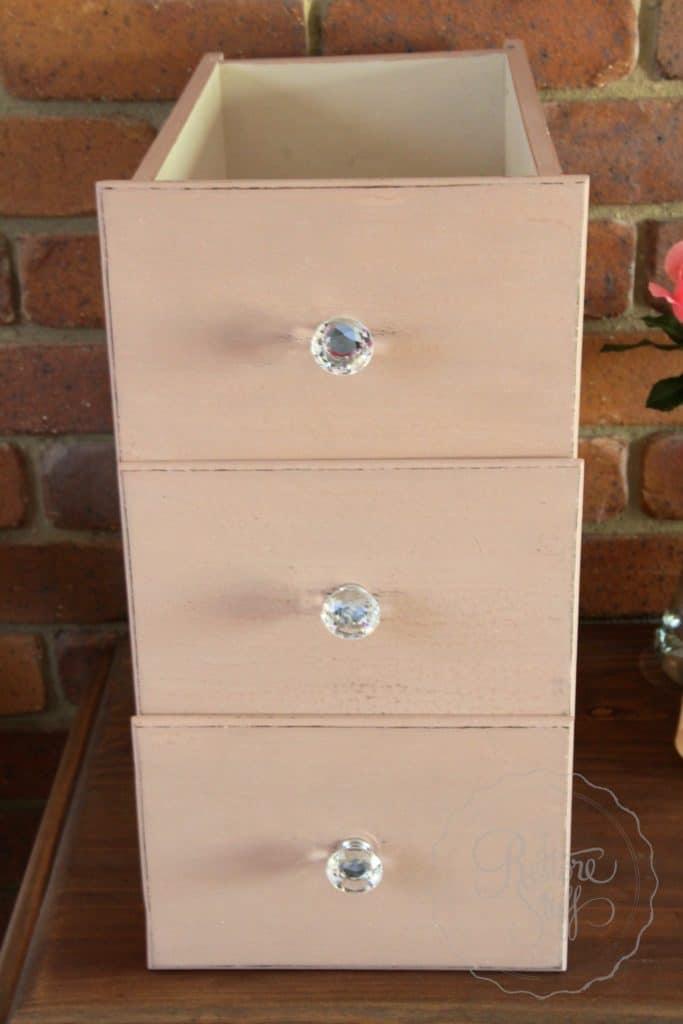 Arabesque drawers 6
