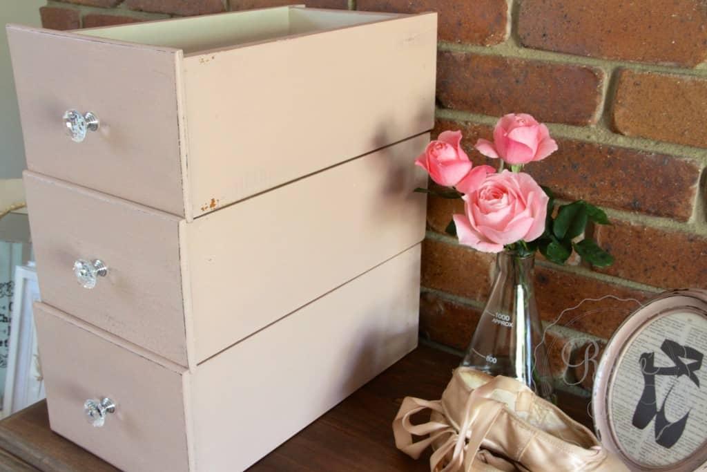 Arabesque drawers 7