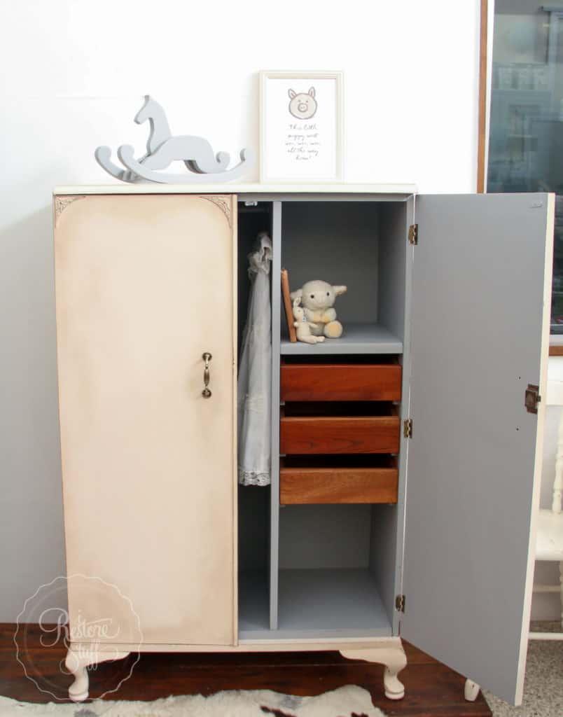 Little Piggy Cupboard-4950