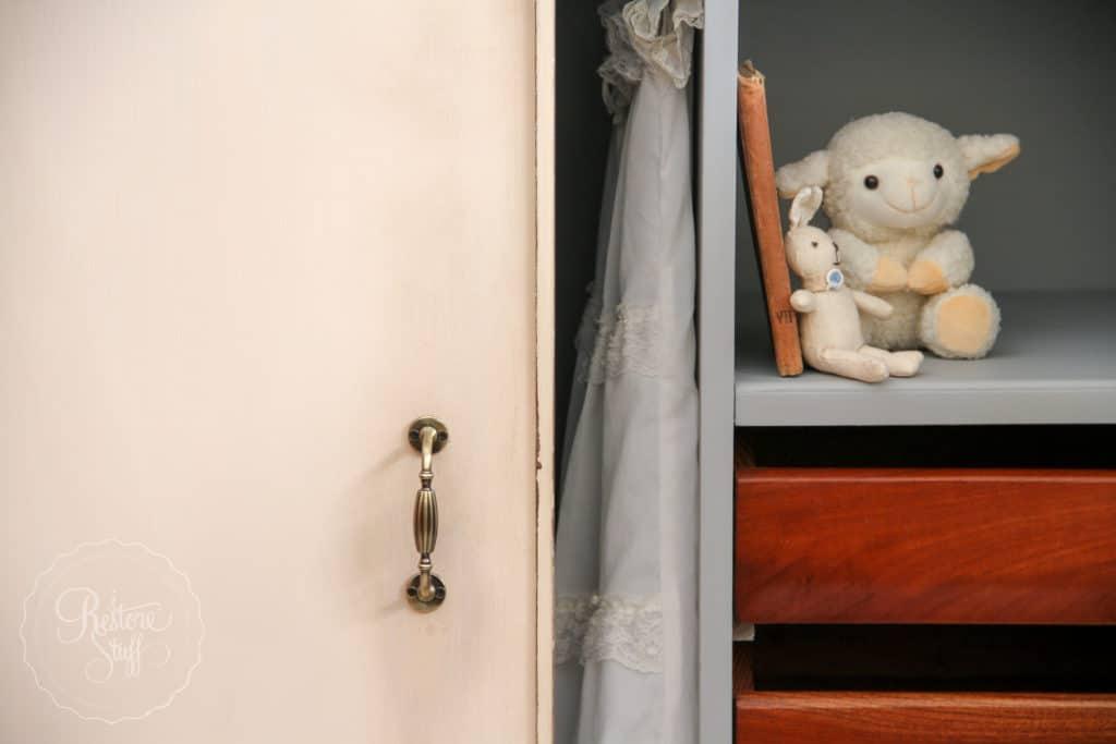 Little Piggy Cupboard-4951
