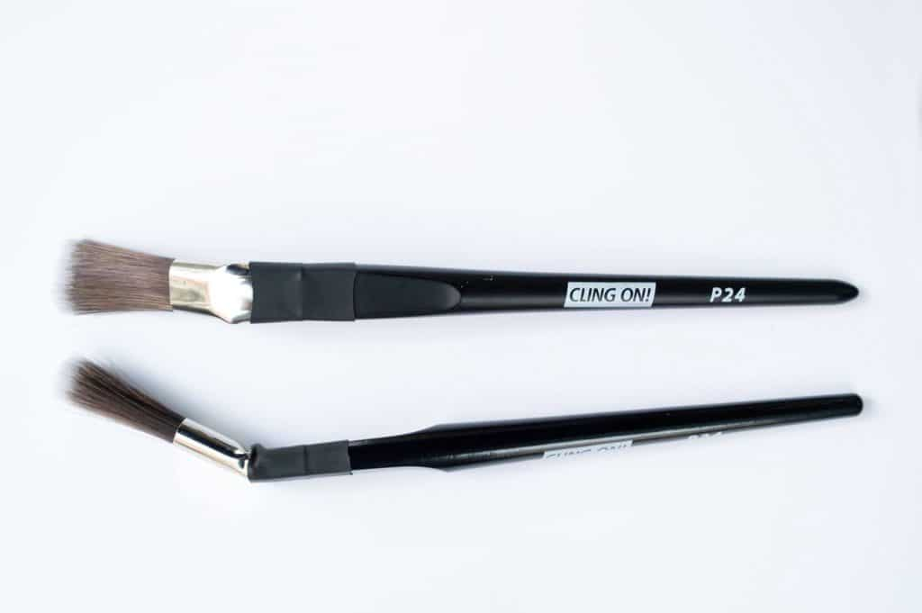 P24 Cling On Brush