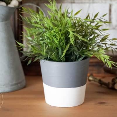 Create a Concrete Pot Without using Concrete!