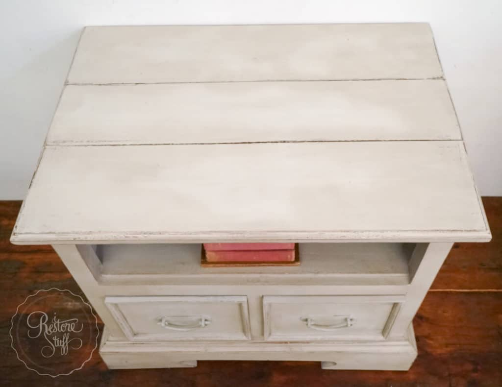 putty-tv-side-table-part-2-00342