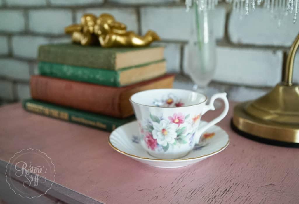 Pot cupboard pink