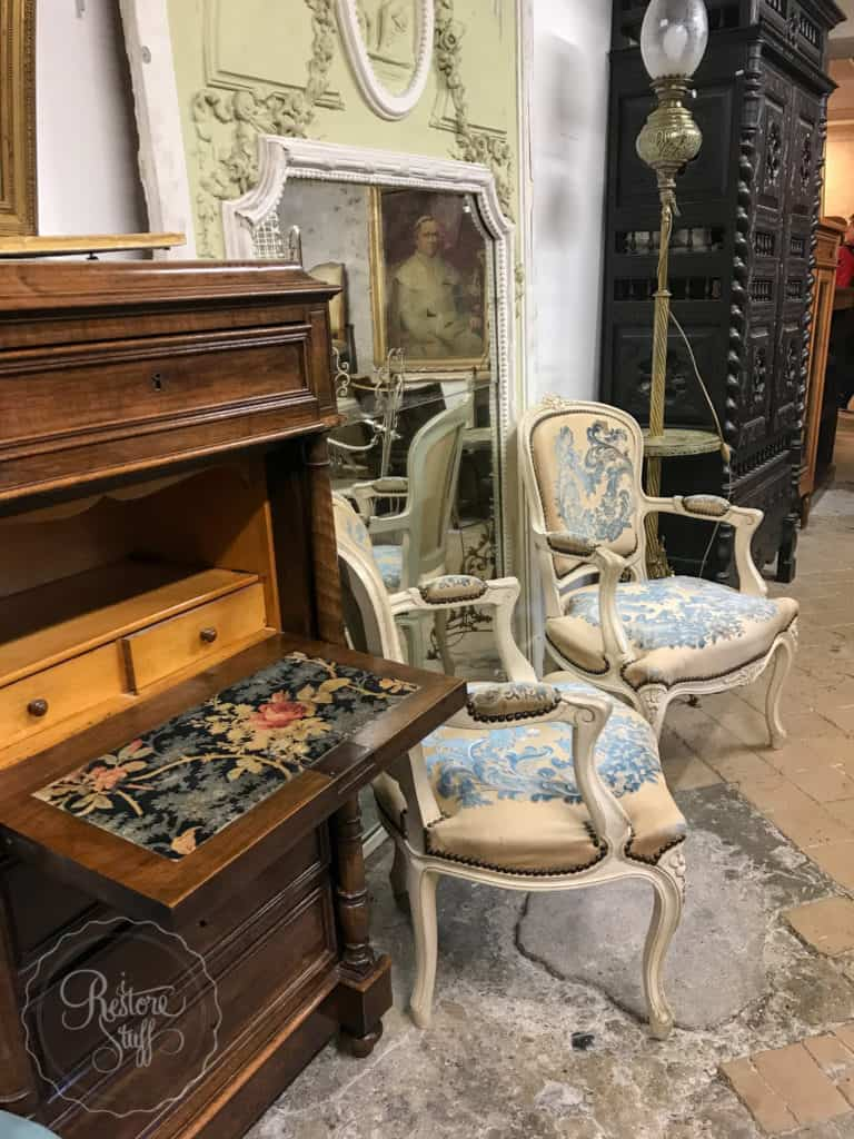 Antique store, versailles