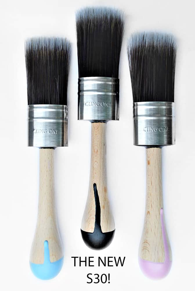 Cling On S30 Short handled paint brush