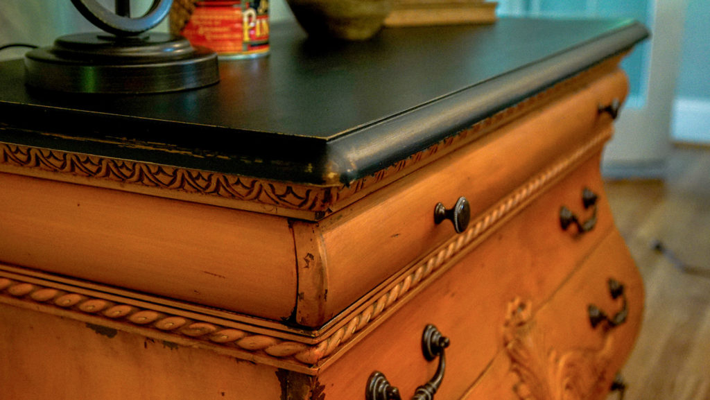 Outback Petticoat Bombay Chest