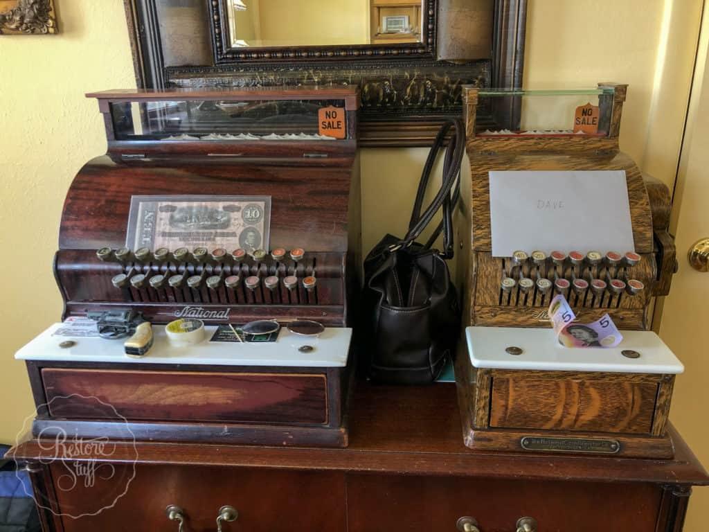 antiques & collectables cash registers