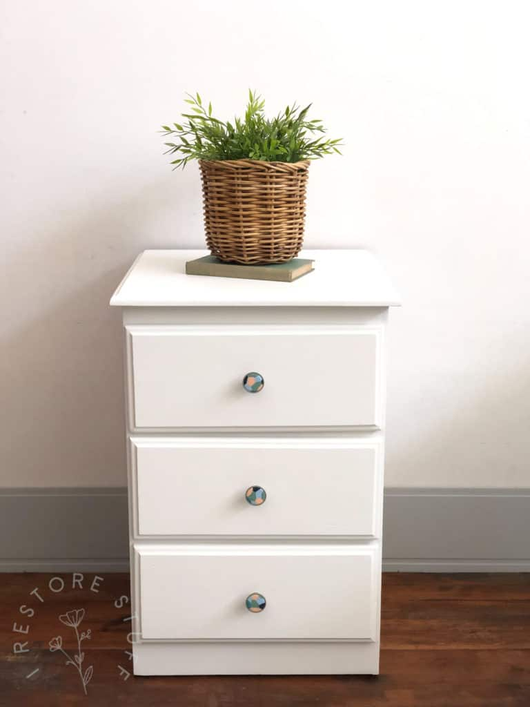 I Restore Stuff knobs on drawers