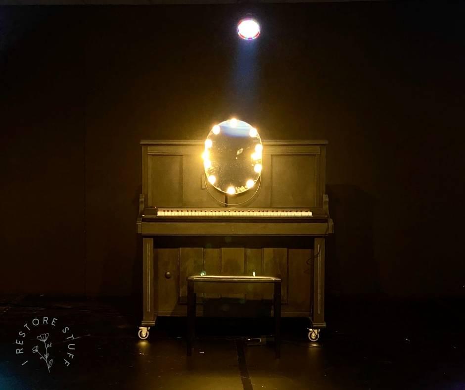 Piano prop Alabaster Theatre