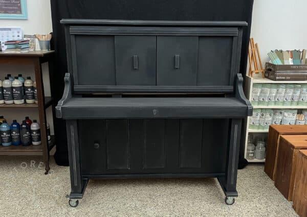 Faux piano in Artisan Noir