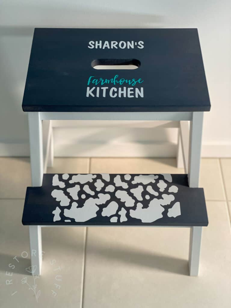 Cricut maker project with removable vinyl
